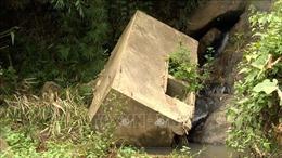 Người dân các bản nghèo biên giới Mường Lát thiếu nước sinh hoạt