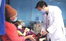 Thời tiết xấu, nhiều trẻ nhỏ phải nhập viện vì bệnh đường hô hấp