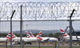 Các sân bay ở Anh kêu gọi chính phủ hỗ trợ khẩn cấp