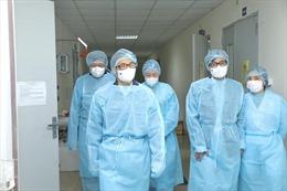 Hà Nội cố gắng hoàn thành lấy mẫu xét nghiệm các trường hợp từ vùng dịch về trước ngày 4/2