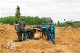 Di dời an toàn quả bom gần 500 kg