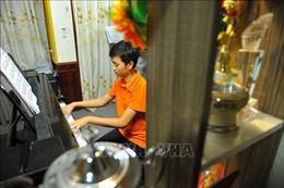 Cậu bé 'vàng' piano Việt Nam