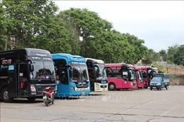 Hòa Bình, Sơn La tạm dừng hoạt động một số loại hình dịch vụ và vận tải