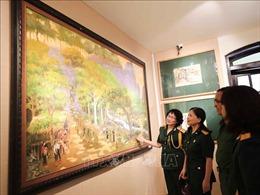 Triển lãm tranh 'Còn lại với Trường Sơn'