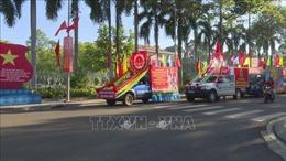 Triển lãm tranh cổ động tấm lớn tuyên truyền bầu cử tại Bình Phước