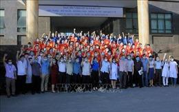 Cán bộ, giảng viên, sinh viên Đại học Y Dược Thái Bình tình nguyện vào 'tâm dịch'Bắc Giang