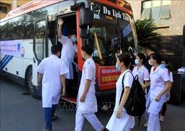 Trên 2.700 cán bộ y tế, sinh viên y, dược đến 'điểm nóng' Bắc Ninh, Bắc Giang