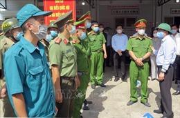 Phó Chủ tịch Quốc hội Đỗ Bá Tỵ kiểm tra công tác bầu cử tại Phú Yên