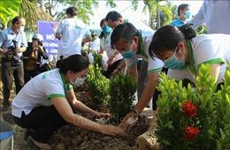 Bảo đảm phát triển kinh tế - xã hội hài hòa với bảo vệ môi trường