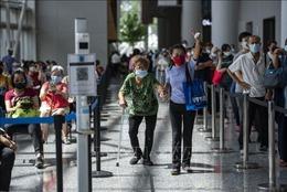Số ca mắc COVID-19 ở Malaysia tăng cao trở lại trong ngày đầu phong tỏa toàn diện
