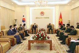 Tăng cường hợp tác quốc phòng Việt Nam - Hàn Quốc và Việt Nam - Ấn Độ