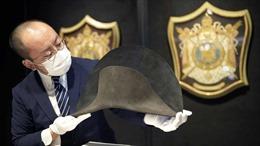 Đấu giá chiếc mũ của Hoàng đế Napoleon được xác định nhờ công nghệ ADN