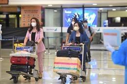 Chuyến bay thương mại đầu tiên từ TP Hồ Chí Minh về Hà Nội sau nới lỏng giãn cách