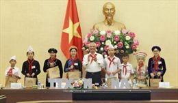 Phó Chủ tịch Quốc hội Uông Chu Lưu gặp mặt thiếu nhi xuất sắc tỉnh Bắc Kạn