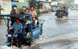 Quốc lộ 1A đoạn giáp ranh Sóc Trăng-Hậu Giang đang 'kêu cứu'