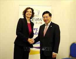 Phó Thủ tướng Phạm Bình Minh thúc đẩy ngoại giao tại Hội nghị Cấp cao Pháp ngữ lần thứ 17