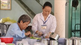 Những tấm lòng Công giáo Việt Nam thầm lặng