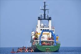 Một thợ lặn thiệt mạng khi tìm kiếm mảnh vỡ máy bay Indonesia rơi xuống biển