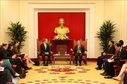 Trưởng ban Kinh tế Trung ương Nguyễn Văn Bình tiếp Phó Trưởng Đại diện Thương mại Hoa Kỳ