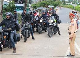 Tạm giữ hàng chục xe mô tô phân khối lớn vi phạm ở cửa ngõ Đà Lạt