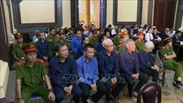 Xét xử vụ án tại Ngân hàng Đông Á: Vũ 'nhôm' và 25 bị cáo hầu tòa