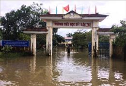 Thừa Thiên - Huế: Mưa ngập, vẫn còn trên 8.000 học sinh chưa thể đến trường