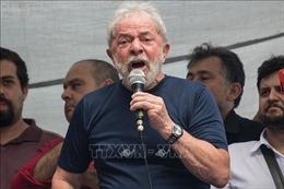 Phán quyết trái ngược nhau, cựu Tổng thống Brazil Lula vẫn tiếp tục phải ngồi tù