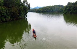 Hồ Pá Khoang- Viên ngọc bích tô điểm núi rừng Tây Bắc