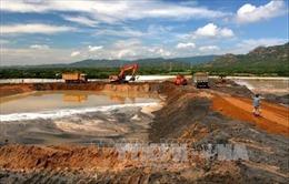 Dồn ứ chất thải tro xỉ: Nguy cơ hệ lụy lớn về ô nhiễm môi trường