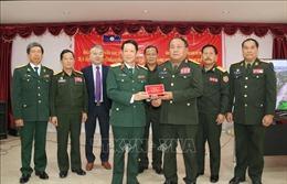 Bàn giao bộ phim về lịch sử Quân đội nhân dân Lào