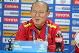 ASIAN CUP 2019: HLV Park Hang Seo hài lòng với chiến thắng của ĐT Việt Nam
