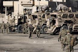 Quân đội Mỹ kéo pháo và vũ khí hạng nặng tới biên giới Iraq - Syria