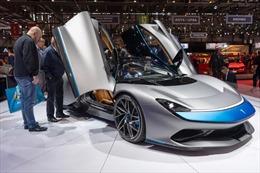 Ngành công nghiệp ô tô toàn cầu 'vật lộn' tìm kiếm đơn đặt hàng mới