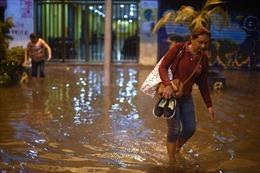 Mưa lớn gây lũ lụt ở thành phố lớn nhất Brazil, 11 người thương vong