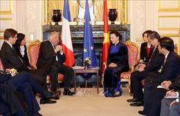 Chủ tịch Quốc hội Nguyễn Thị Kim Ngân hội kiến Chủ tịch Thượng viện Pháp