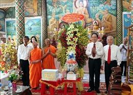 Chủ tịch Ủy ban Trung ương Mặt trận Tổ quốc Việt Nam chúc Tết Chôl Chnăm Thmây tại Sóc Trăng