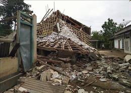 Thủ đô Philippines rung chuyển bởi động đất