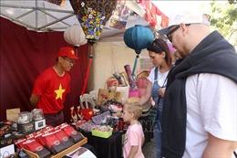 Giới thiệu văn hóa Việt tại Hội chợ ASEAN Bazar ở Argentina