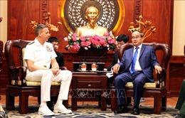 Bí thư Thành ủy Nguyễn Thiện Nhân tiếp Đô đốc Hoa Kỳ Philip Davidson