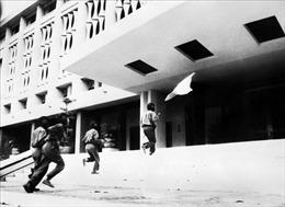 Đại thắng mùa Xuân 1975- Nghệ thuật kết thúc chiến tranh độc đáo, sáng tạo