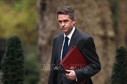 Anh sa thải Bộ trưởng Quốc phòng vì rò rỉ thông tin mật về Huawei