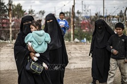 Tajikistan cho hồi hương 84 con em phần tử IS từ Iraq