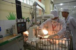 Phẫu thuật thành công cho bệnh nhi 3 ngày tuổi bị dị tật hở thành bụng bẩm sinh
