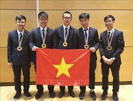Tám thí sinh Việt Nam tham gia Olympic Vật lí châu Á lần thứ 20 đều đoạt giải