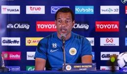 HLV đội tuyển Curacao khen ngợi các cầu thủ Việt Nam