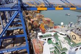 Mỹ vượt Trung Quốc trở thành đối tác thương mại lớn nhất của Ấn Độ
