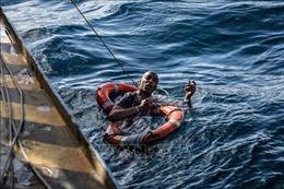 Ít nhất 20 người mất tích vì chìm thuyền trên Địa Trung Hải