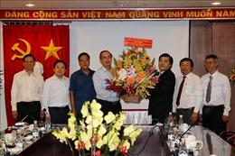 Bí thư Thành ủy TP Hồ Chí Minh thăm, chúc mừng Cơ quan TTXVN khu vực phía Nam