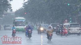 Từ ngày 29/2-6/3, Bắc Bộ và Trung Bộ có mưa dông, đề phòng lốc, sét, mưa đá và gió giật mạnh