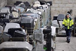Công ty Nhật Bản đóng cửa nhà máy tái chế rác điện tử tại Thái Lan
